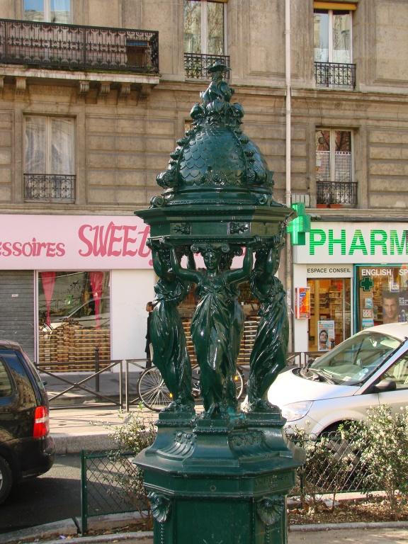 Fonte em Paris - Créditos: Flickr