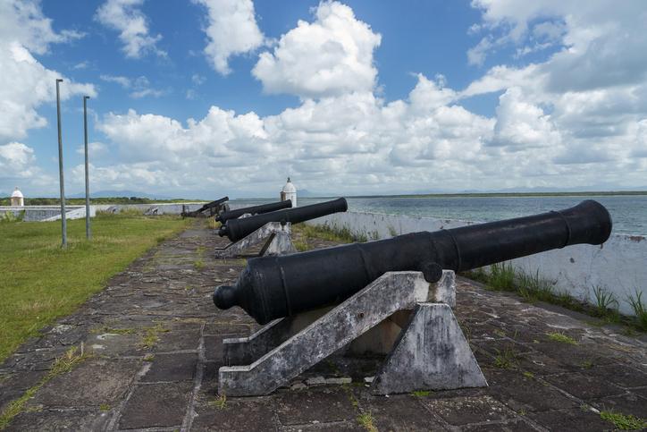 Fort Nossa Senhora dos Prazeres, at Ilha do Mel, Paranagu?, Paran?, Brasil..Fortaleza Nossa Senhora dos Prazeres na Ilha do Mel, Paranagu?, Paran?, Brasil.