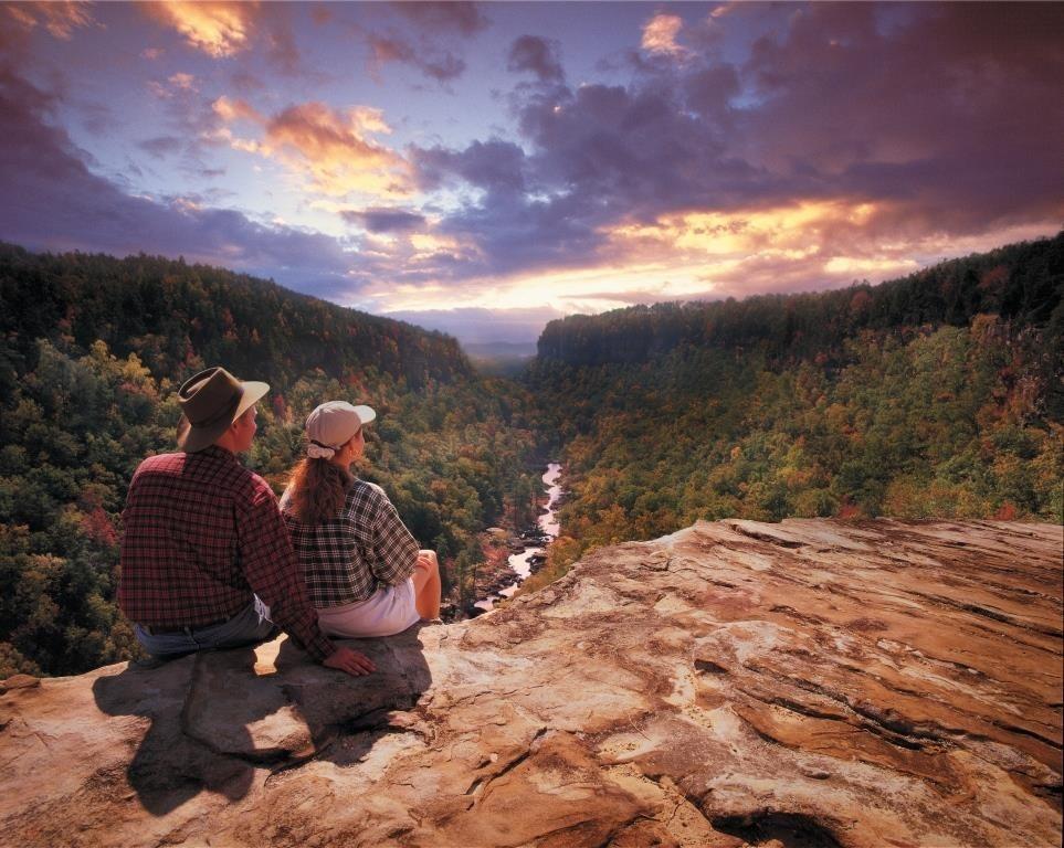 county-dekalb-alabama-little-river-canyon-at-sunset