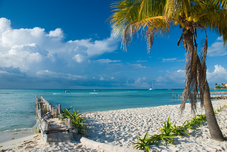 White sand beach in Isla Mujeres. Cancun, Mexico