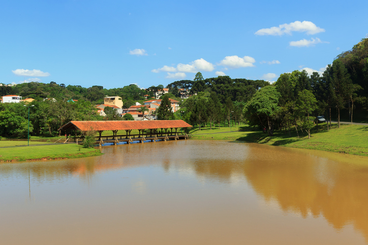 Tingui park, lake, bridge, road, Curitiba, state Parana, Brazil