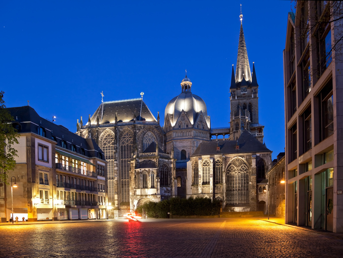 The cathedral in Aachen (Germany) at the blue hour