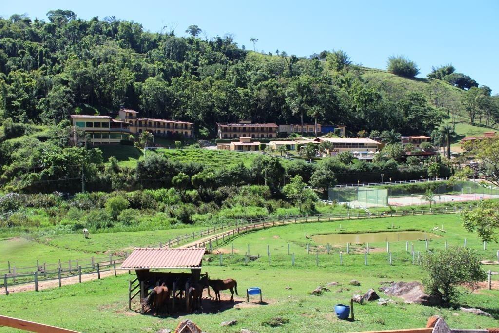 village-montana