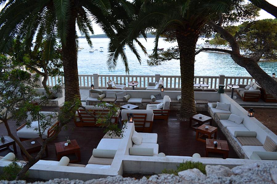 Restaurante na orla da praia