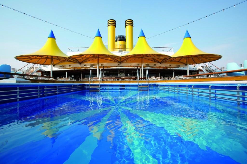 317812_719407_piscina_do_costa_deliziosa