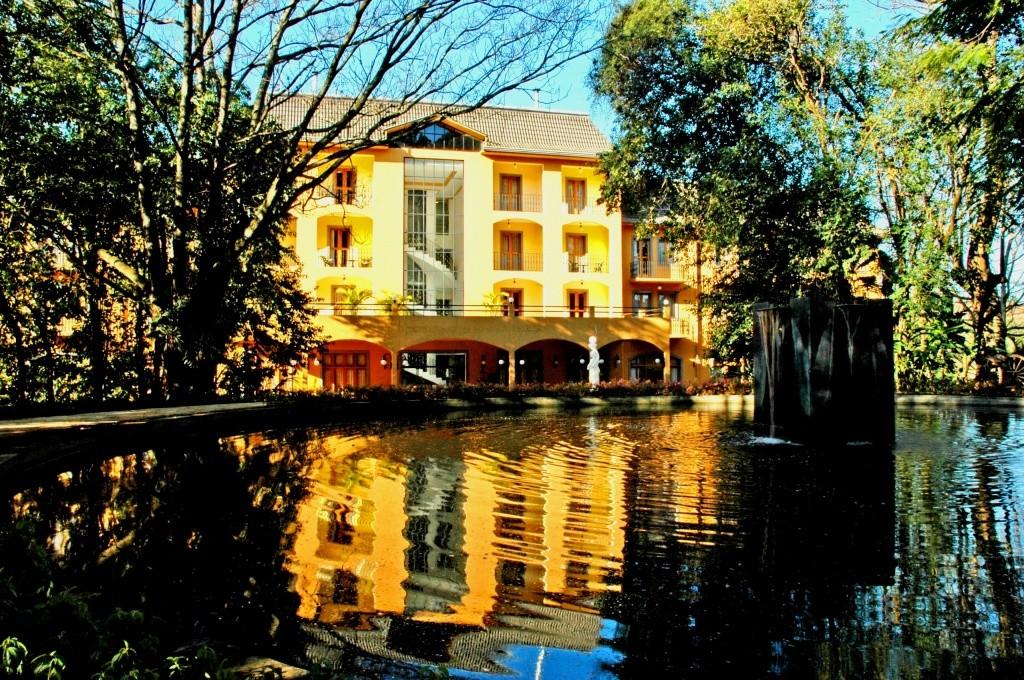 hotel-paradies-fachada-1