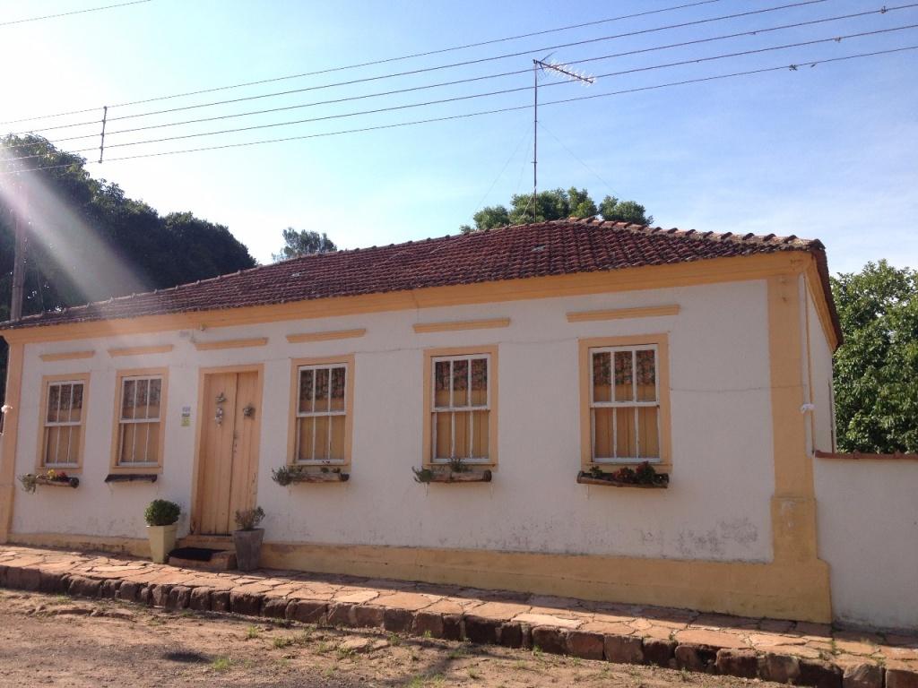itaqueri-da-serra-rafael-moro-divulgacao