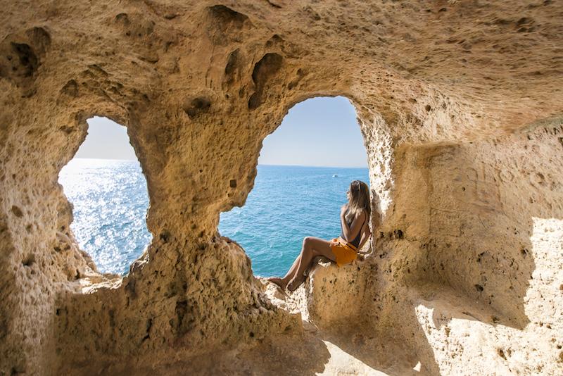 Praia do Algarve em Portugal