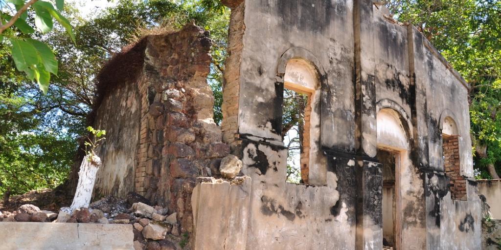 araguacema-ruinas-da-igreja-nossa-senhora-da-divina-providencia Fotos por Turismo do Estado de Tocantins