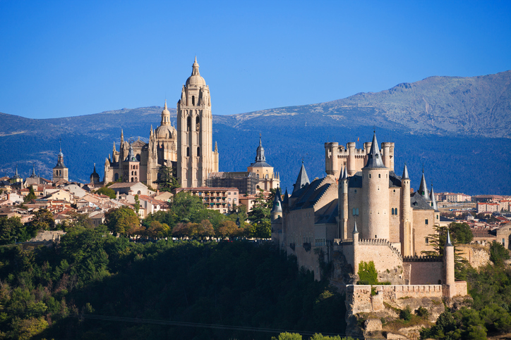 Can see the Alcazar and the Cathedral, with the Sierra de Guadarrama as background. EOS 5D Mark II