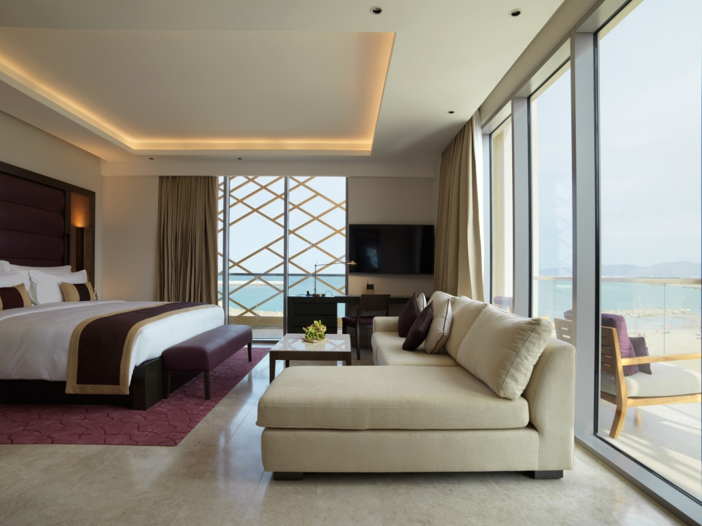 kempinski-hotel-muscat_grand-deluxe-sea-view-room