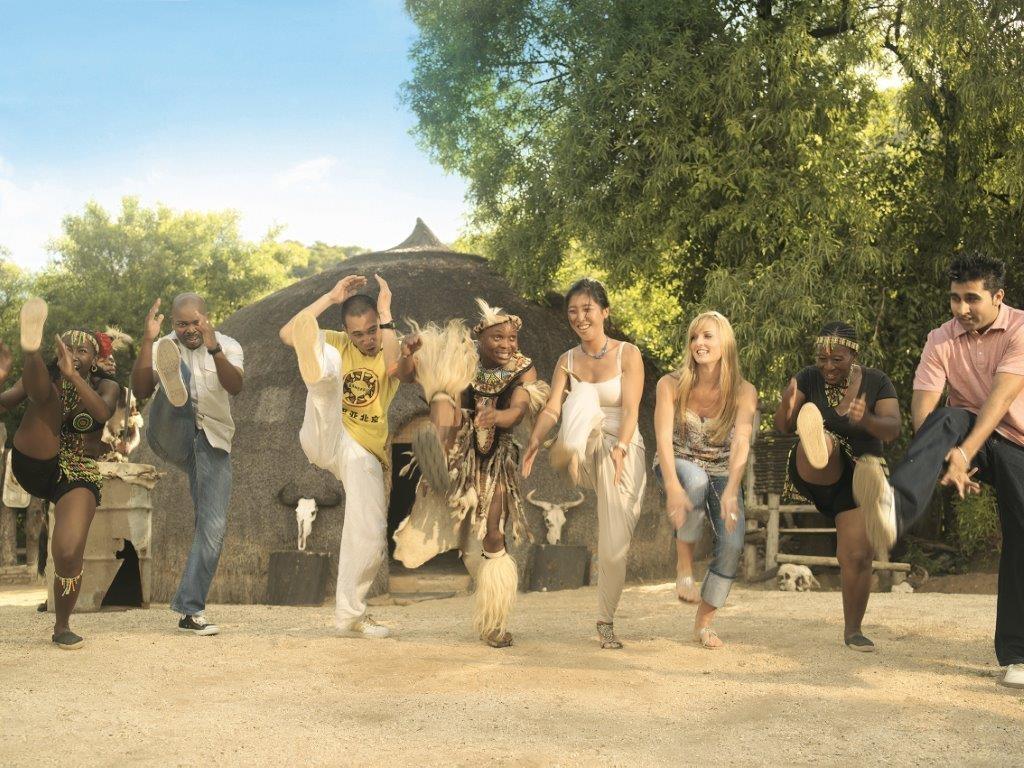 Zulus, a maior etnia da África do Sul. Foto: South Africa Tourism