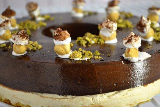 Fatamorgana Gelato: sorvetes de todas as formais, artesanais e deliciosos. Aqui a torta de chocolate Madagascar