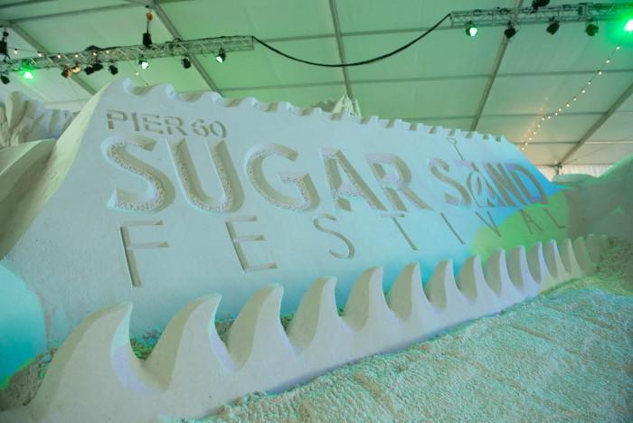 Foto por ® Sugar Sand Festival / reprodução via https://sugarsandfestival.com/