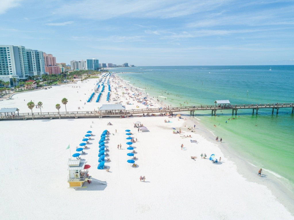 clearwater-beach-pier-60-lifeguard-drone-20180730145119678