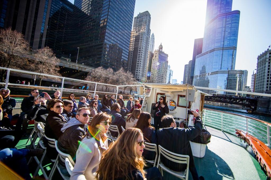 passeio-de-barco_divulgacao-chicago-traveltours