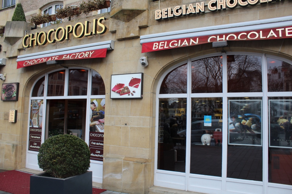 Frente da loja Chocopolis em Bruxelas