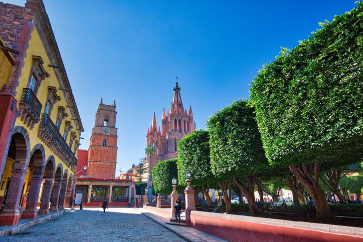 San Miguel de Allende, Mexico-3 December, 2018: Landmark Parroquia De San Miguel Arcangel cathedral in historic city center