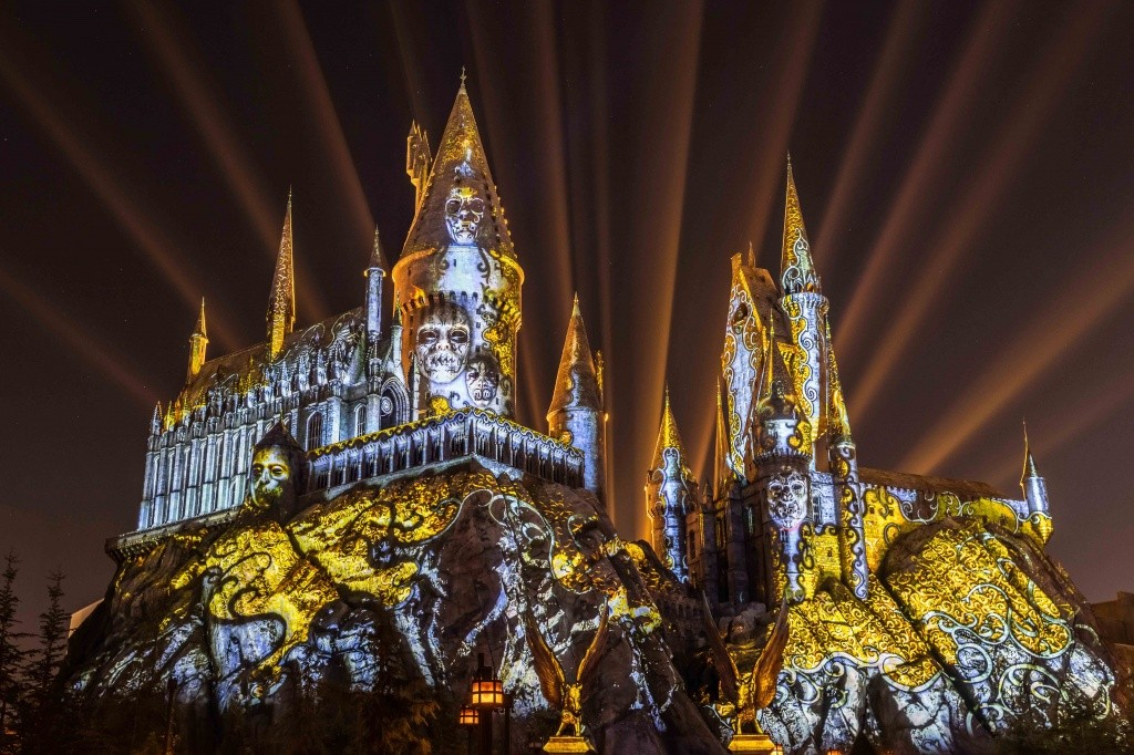 2_dark-arts-at-hogwarts-castle