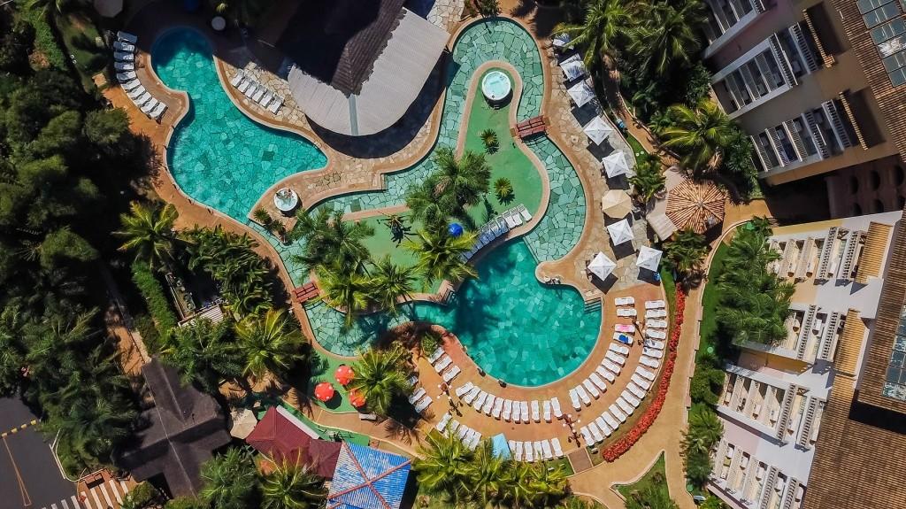 nobile-thermas-de-olimpia-aerea-piscina-credito-divulgacao