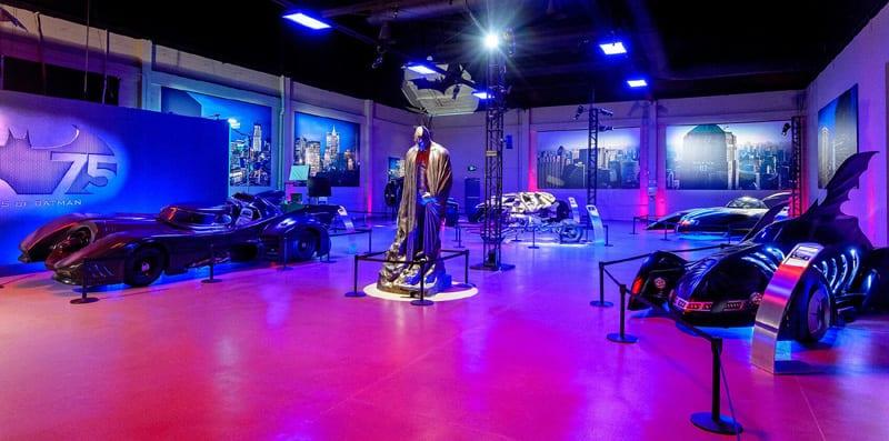 warner-bros-studio-tour-hollywood-gallery-carvault-1_0