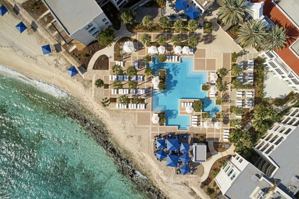 curpb_curacao-marriott_pool-beachside-drone_11