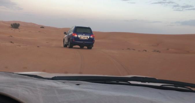 como é o safari no deserto em Dubai