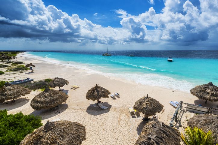 Beautiful beach of Klain Curaçau island with their white sand and turquoise water.