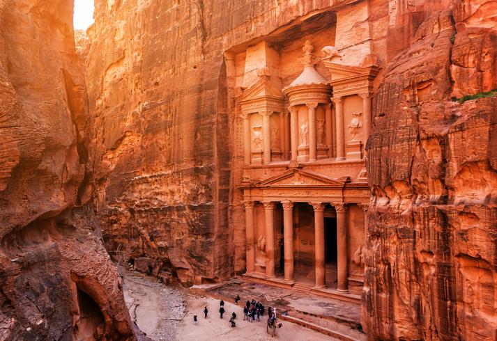 Al Khazneh (The Treasury) at old city Petra. Jordan
