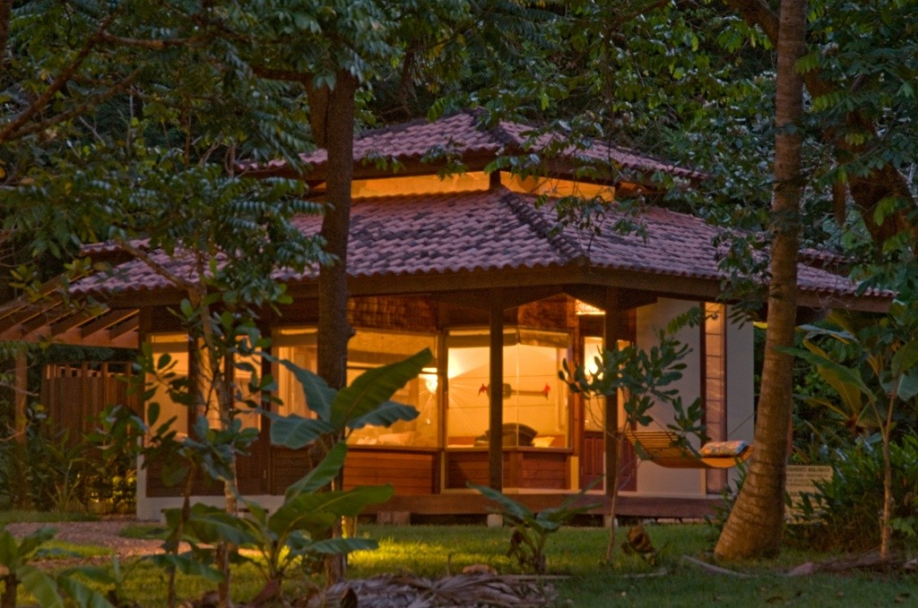 bungalow-outside-view-at-night-by-luis-gomes