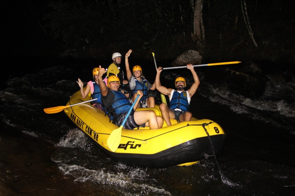 rafting-noturno-raft-adventure-park