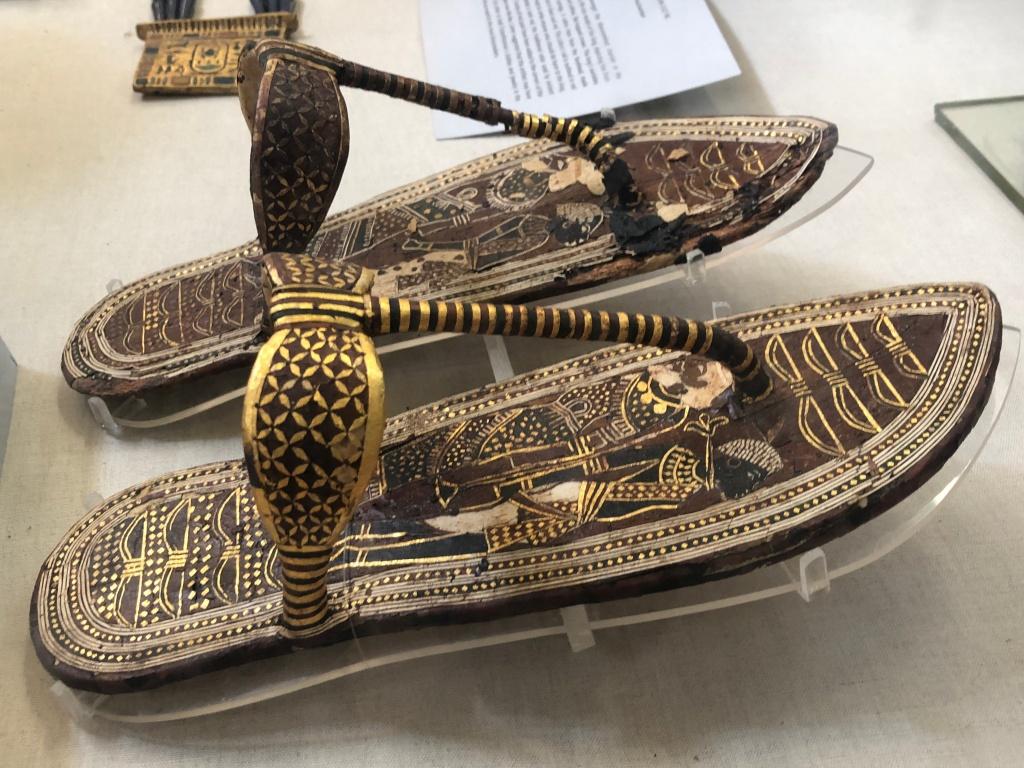 Sandálias de Tutankamon
