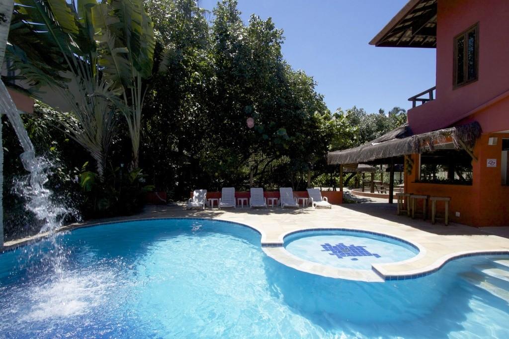 35614355014102020_piscina_area_comum_porto_mare