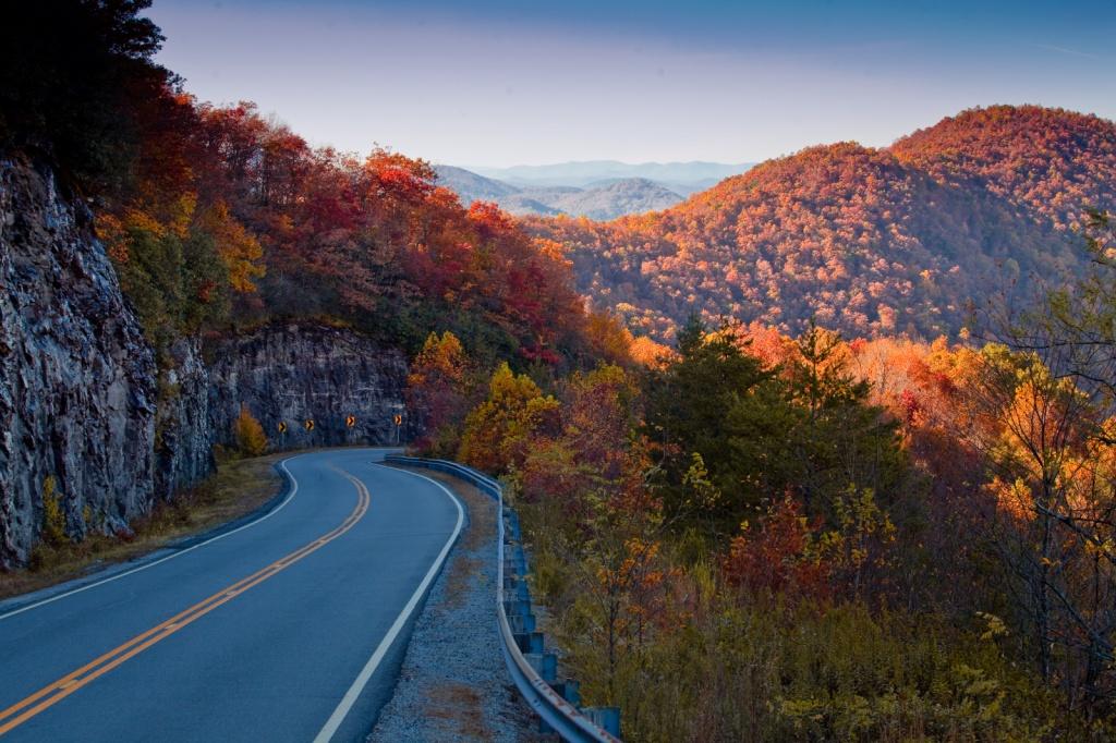 HogPen Gap Overlook - Hwy 348