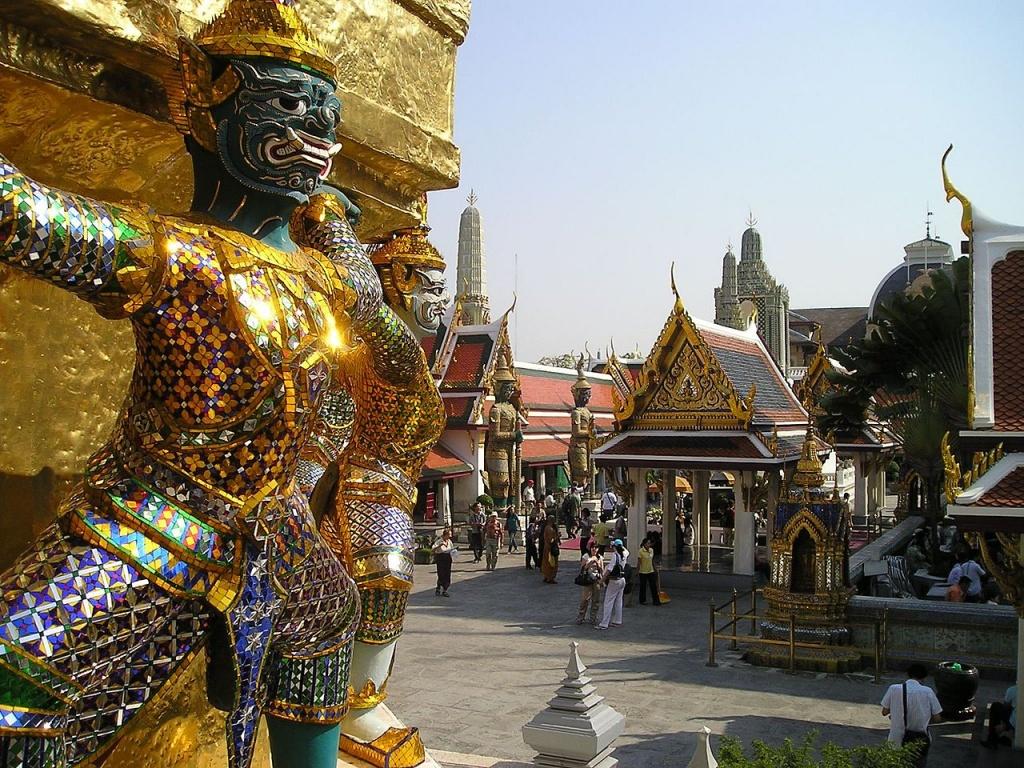 1280px-Grand_Palace_Bangkok_Thailand_424
