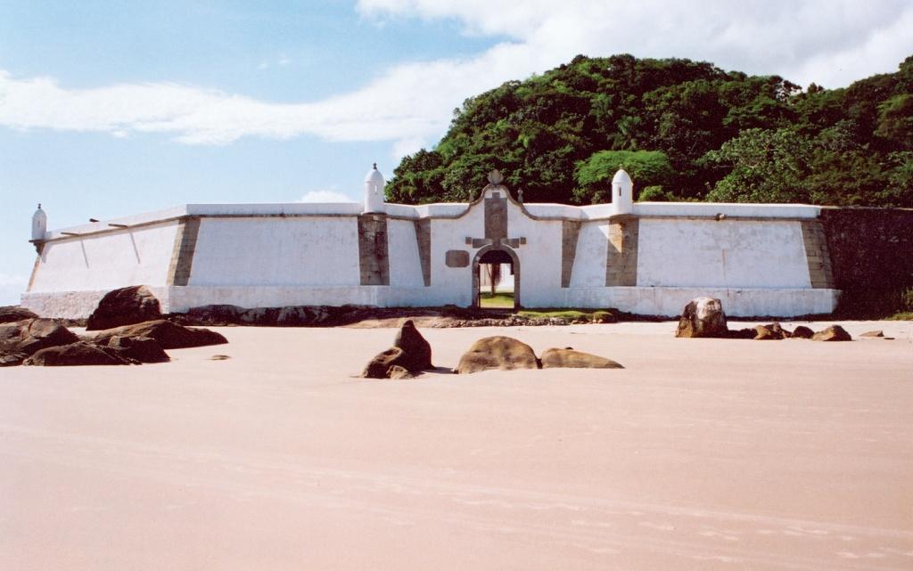 Fortaleza_Nossa_Senhora_dos_Prazeres_Ilha_do_Mel_Paranaguá