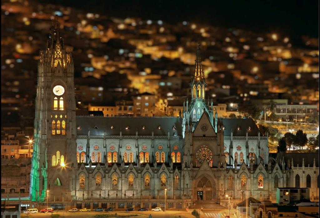 Iglesia La Basilica - Centro Historico - Quito Turismo