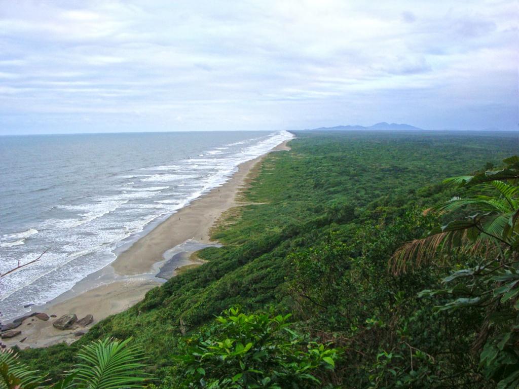 Praia_da_Jureia_bairro_Barra_do_Ribeira_municipio_Iguape_SP