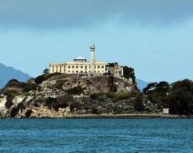 640px-Alcatraz_Island_photo_D_Ramey_Logan