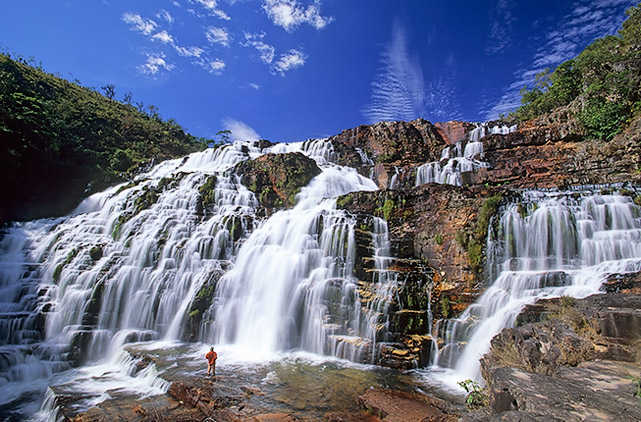 Waterfalls_of_Saint_Vicent,_Chapada_dos_Veadeiros,_Goias,_Brazil via Commons Wikimedia