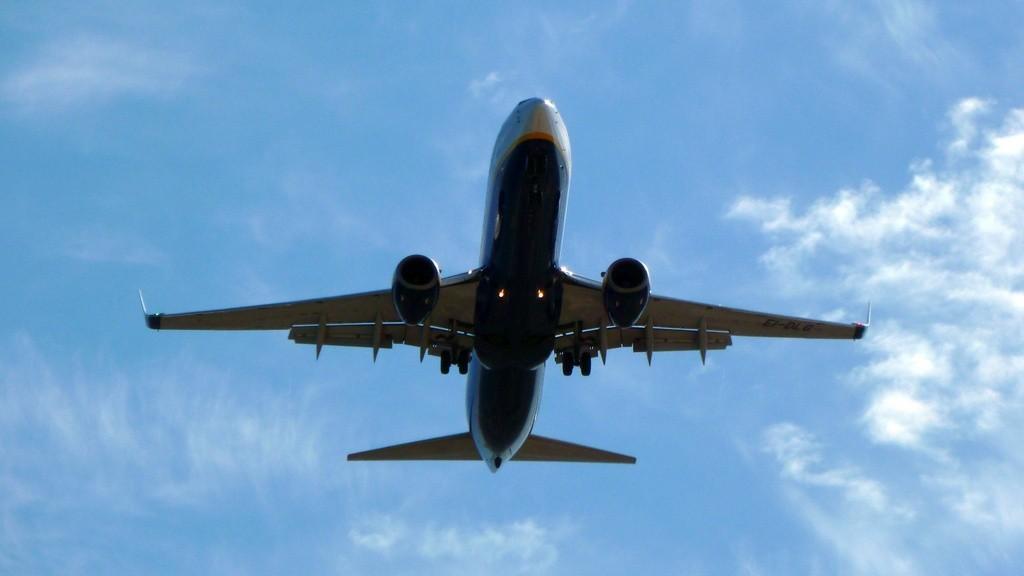avião dest