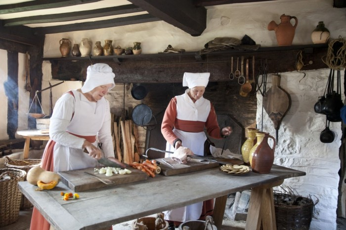 Mary Arden's Farm - Tudor Cooking credit Shakespeare Birthplace Trust