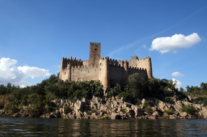 Almourol Castle (Castelo de Almourol) is a medieval castle in central Portugal situated on a small rocky island in the middle of the Tagus river. It as a Knights Templar stronghold used during the Reconquista.