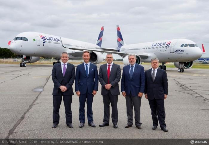 01_Roberto Alvo (LATAM) _ Fabrice Bregier (Airbus) _  Enrique Cueto (LATAM) _ Rafael Alonso (Airbus) _ Jose Maluf (LATAM)