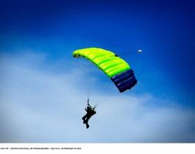 Centro Nacional de Paraquedismo - Boituva / SP - Foto: Ken Chu - Expressão Studio