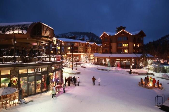 mammoth-village-at-mammoth-winter-exterior01