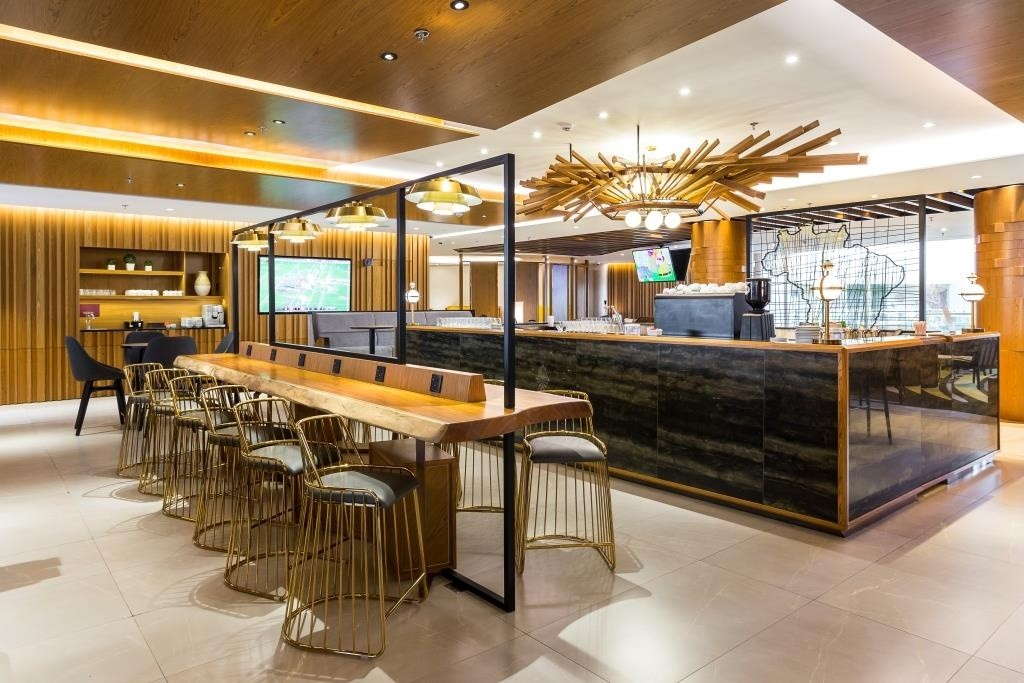 161111_plaza-premium-lounge-international-departures_043_ricardo_bassetti_0707