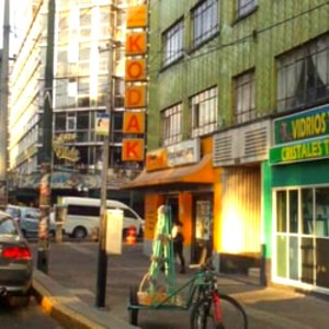 Uma vizinhança tranquila que se estende pelo sul da Cidade do México, Narvarte tem um charme nostálgico e possui lojas e restaurantes ainda frequentados quase exclusivamente por moradores locais