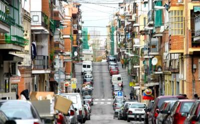 O fácil acesso ao transporte e os inúmeros cafés fazem de Usera uma base bastante popular para aqueles que exploram Madrid