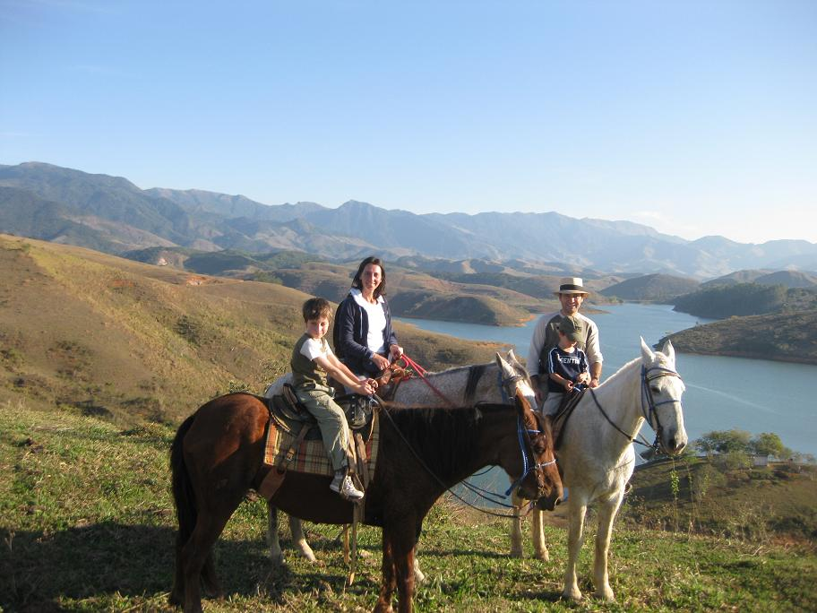 cavalgando-na-fazenda-sao-francisco